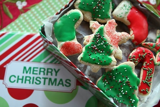 Christmas Cookie Week: Tea Cakes // The Speckled Palate