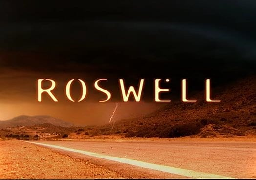 A screencap for Roswell the TV show