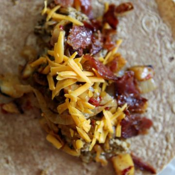 Tailgate Thursday: Freezer-Friendly Breakfast Tacos // The Speckled Palate