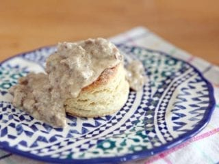Cream Biscuits and White Sausage Gravy
