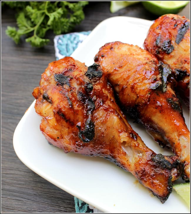 Honey Ginger BBQ Chicken from A Dash of SANity // That's Fresh Friday at The Speckled Palate