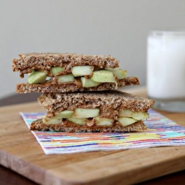 Runner Food: Toasted Almond Butter Sandwich with Apples and Honey // The Speckled Palate