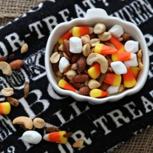 Halloween Snack | Trail Mix | Fall Trail Mix | Candy Corn Trail Mix | Halloween Treat | Halloween Recipe | Kid-Friendly Halloween | Kid-Friendly Snack | Fall Snack