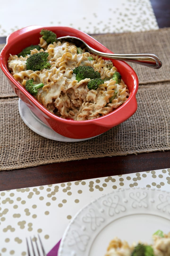 Chicken and Broccoli Macaroni and Cheese // The Speckled Palate