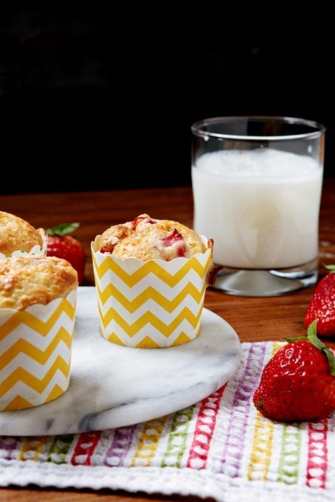 Strawberry Lemonade Muffins // @speckledpalate for @mycookingspot