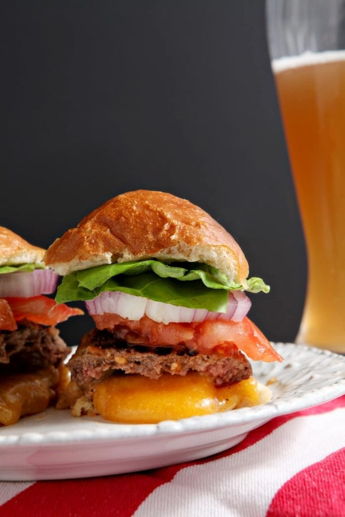 Juicy Lucy Burgers | Ground beef burgers, stuffed with sharp cheddar ...
