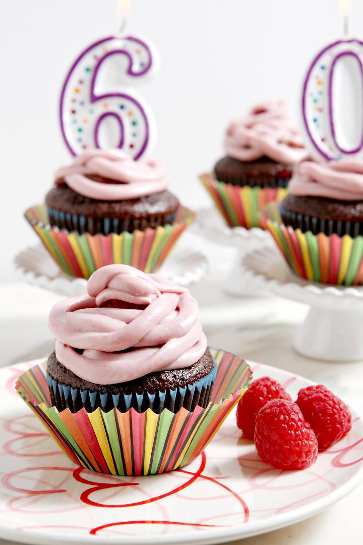 -Covered Raspberry Cupcakes with Raspberry Chocolate Cream Cheese ...