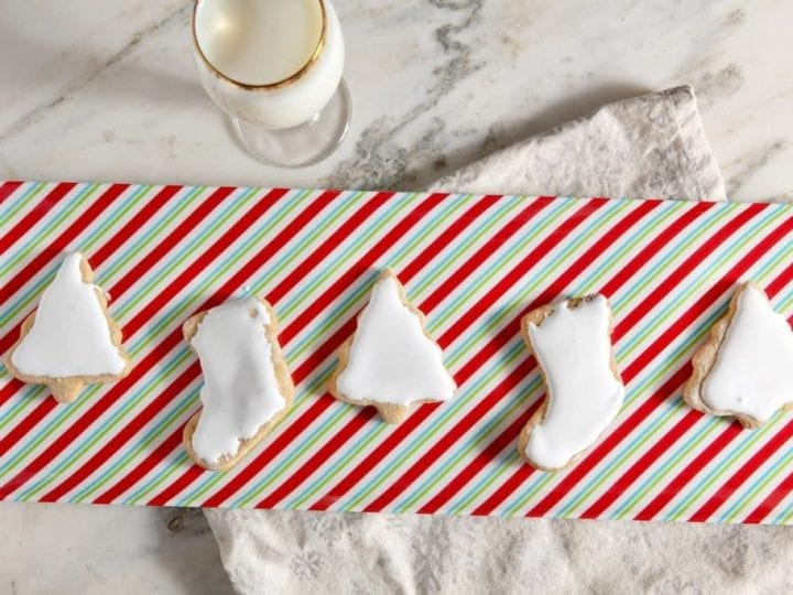 These Sweet Potato Sugar Cookies with Fluffy Marshmallow Icing sing of the holidays. The cookies' light sweet potato and cinnamon flavors pair beautifully with the marshmallow icing, turning the seasonal favorite Sweet Potato Casserole into a dessert!