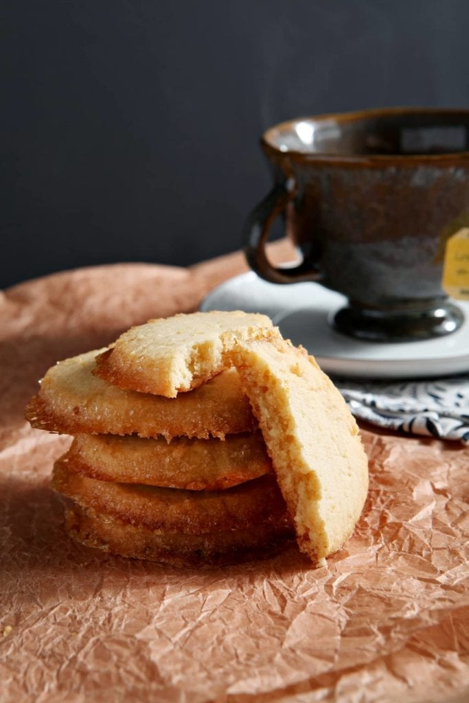 looked so good! Bursting with lemon flavor, Lemon Honey Shortbread ...