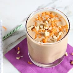 Vegan Carrot Cake... in smoothie form! These smoothies are a quick Easter weekend breakfast that come together in no time. Refined sugar free, these Vegan Carrot Cake Smoothies are a delicious way to start the day off right.