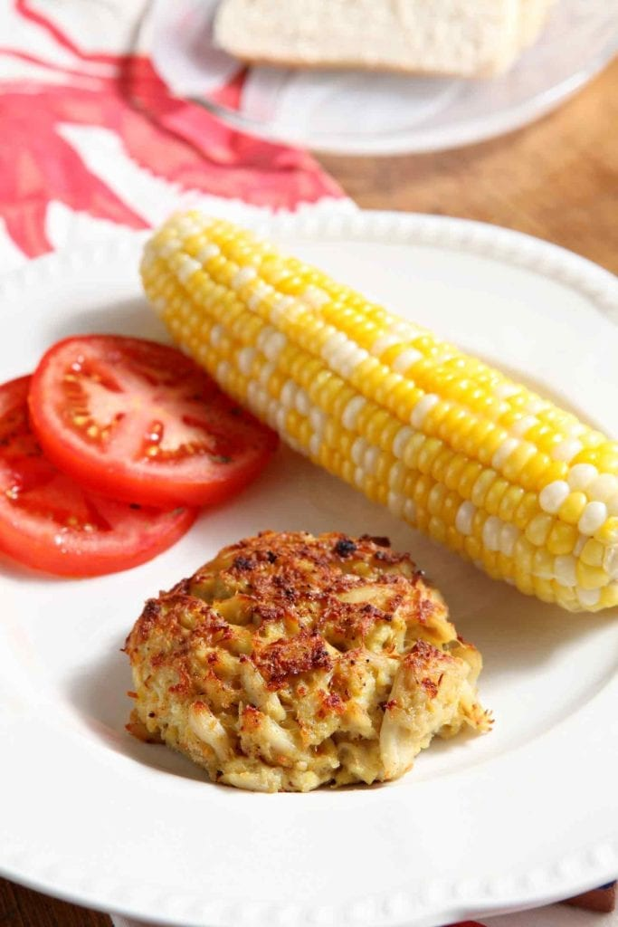 Transport yourself to the East Coast with Bob's Maryland-Style Crab Cakes! This take on traditional Maryland crab cakes tastes heavenly... and packs fewer calories because it's broiled instead of pan fried. These crab cakes call for few ingredients and highlight the delicate deliciousness of jumbo lump crab meat. Make them for your next get-together and serve the Maryland way with sliced tomatoes, sweet corn on the cob, and freshly baked bread.