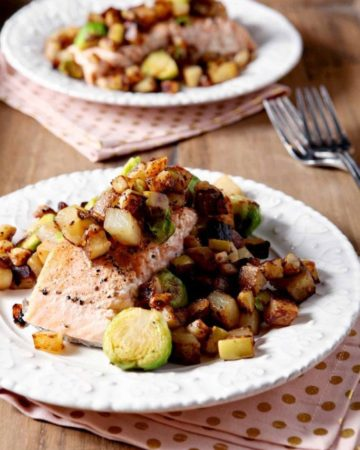 Let's make Winter Vegetable Hash! This hash features winter veggies like potato, purple turnip and Brussels sprouts and pairs with a tart Granny Smith apple hash to top your favorite protein. Apples cook in butter with Dijon mustard, then are kept warm while the potatoes and turnips crisp up and soften. Add Brussels sprouts to the mix and cook until browned. Enjoy the wintertime vegetable harvest by enjoying Winter Vegetable Hash with dinner.
