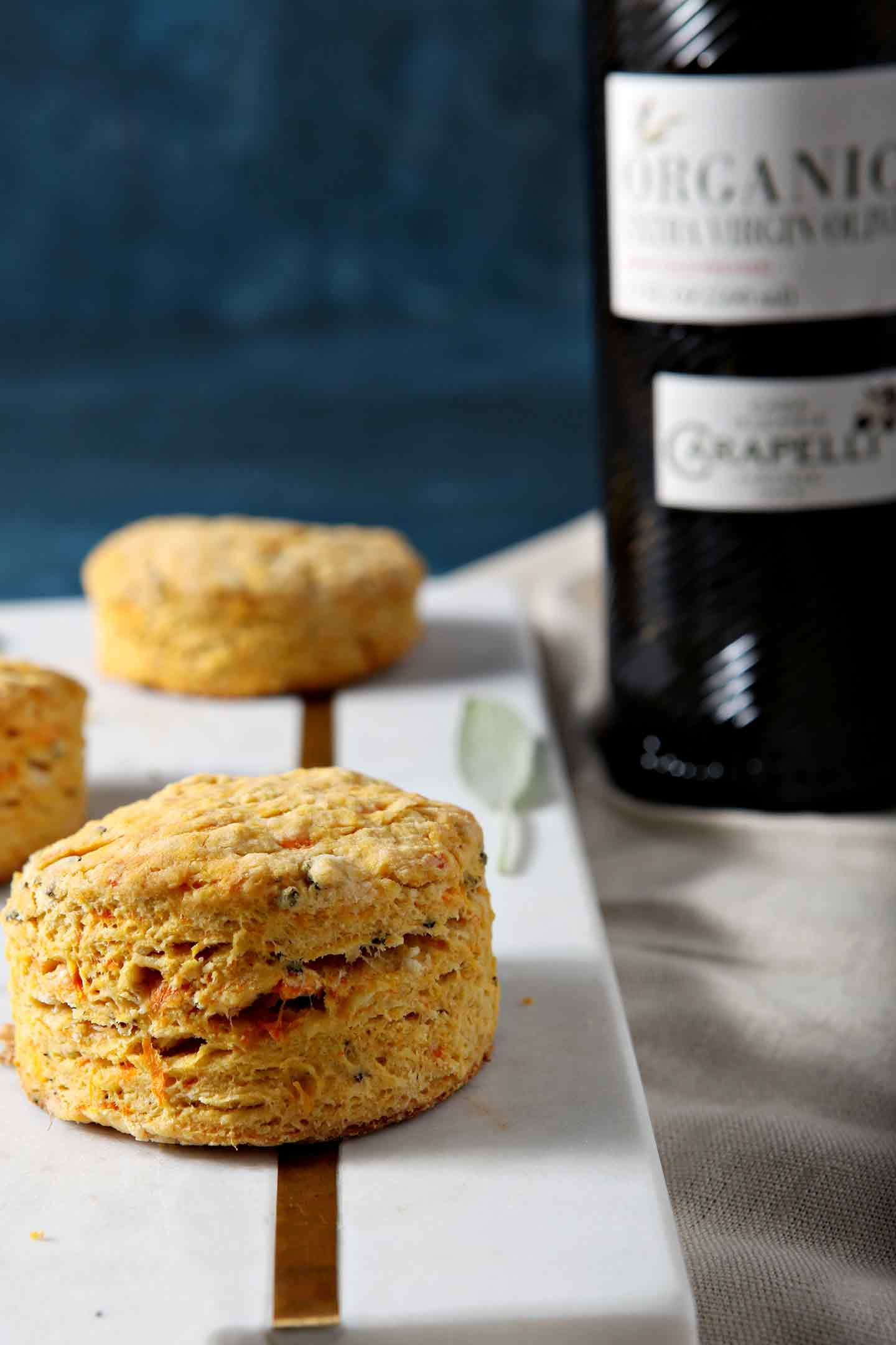 AD | Olive Oil Biscuits | Vegan Biscuits | Thanksgiving Biscuits | Holiday Biscuits | Fall Biscuits | Fall Bread | Thanksgiving Bread | Sweet Potato Biscuits | Easy Homemade Biscuits | Easy Biscuits