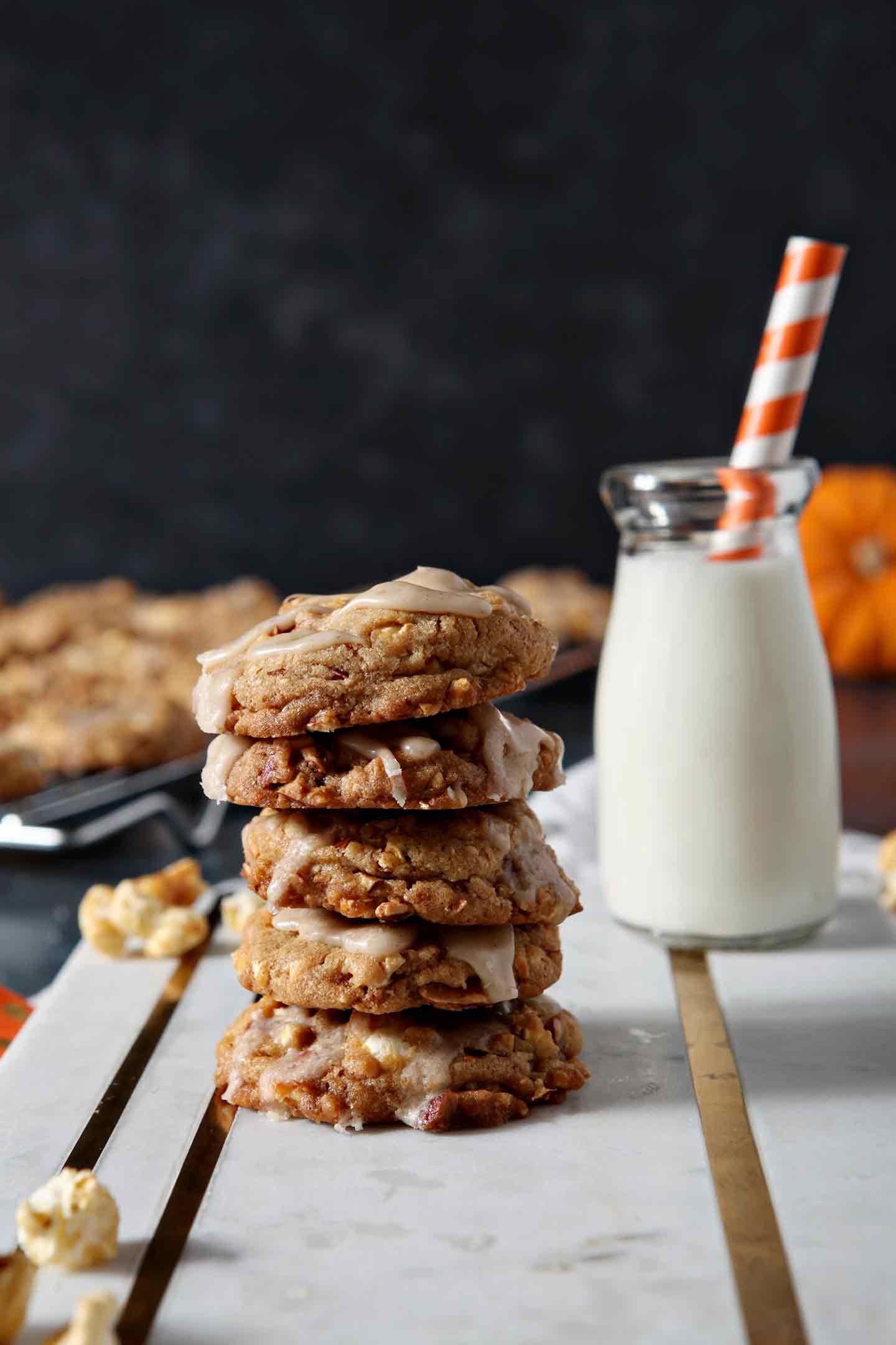 Caramel Corn Dessert | Fall Dessert | Fall Cookies | Salty-Sweet Cookies | Salty-Sweet Dessert | Easy Dessert Recipe | Tailgate Dessert | Tailgate Cookies | Halloween Cookies | Halloween Dessert