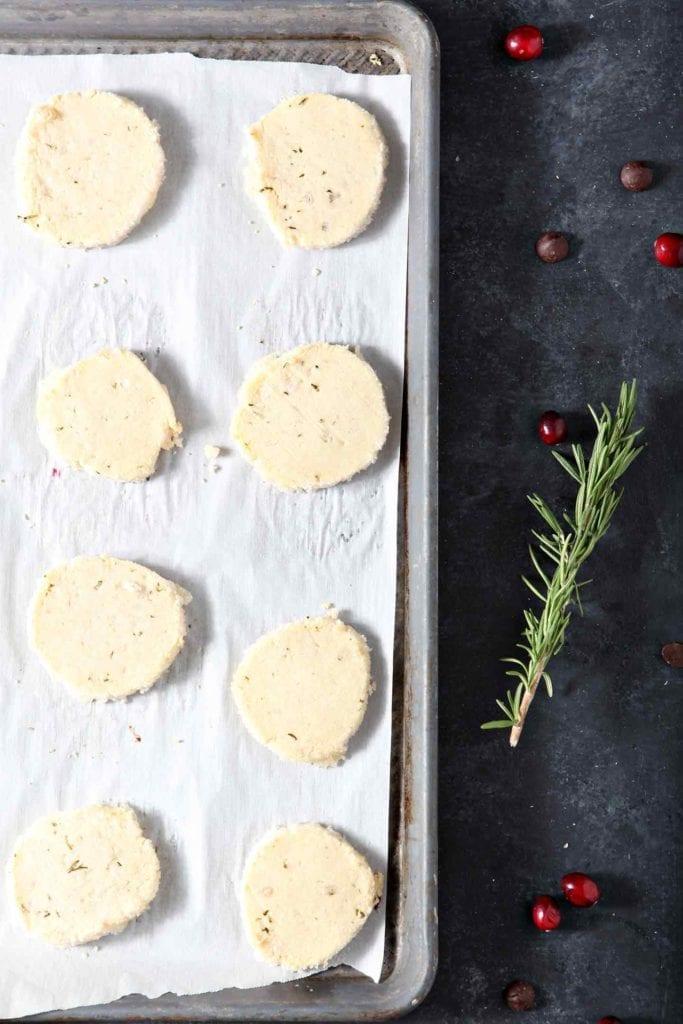 Shortbread Cookie Recipe | Christmas Cookies | Christmas Cookie Recipe | Rosemary Cookies | Chocolate Christmas Cookies | Holiday Baking Recipes | Easy Shortbread Cookies | Christmas Cookies | Unique Shortbread Cookies | #IncredibleBulkBinTreatExchange | #ad