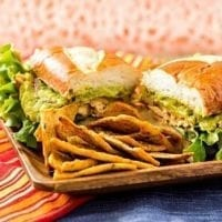Friday's Dinner: Spicy Chicken Guacamole Sandwich