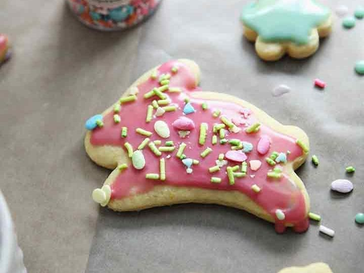 A bunny lemon cookie is decorated