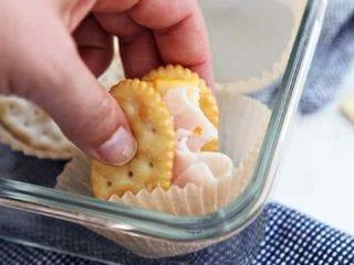 Cracker Snack Sandwiches