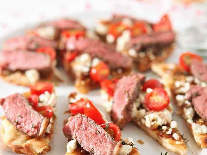 Grilled Steak Flatbread Pizza